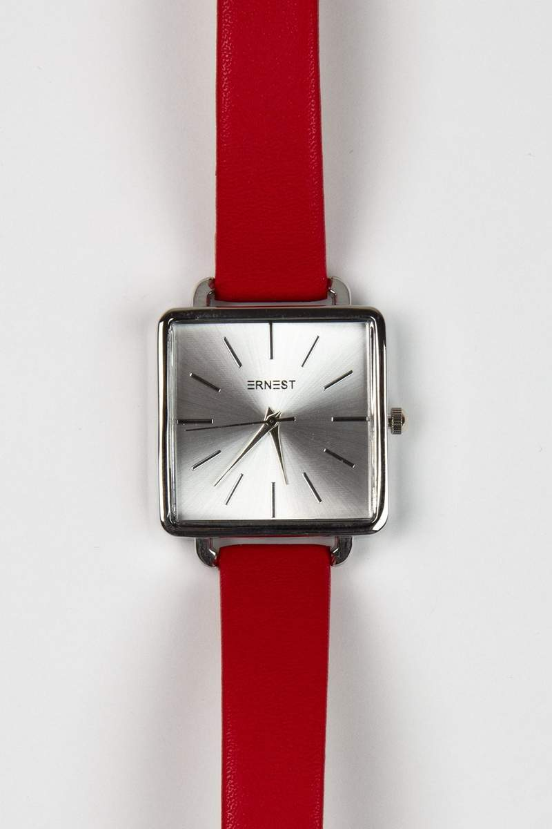 montre minimaliste